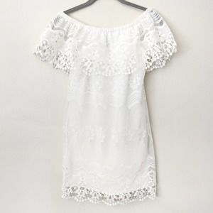 Ali & Jay white lace off-the-shoulder dress XS